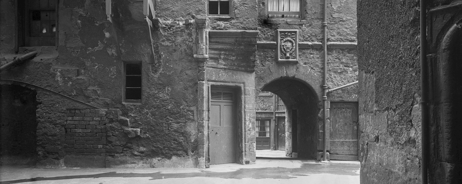 Riddles Close towards Riddle's Court - 1930 ©HES